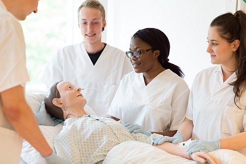 LWL   LWL-Akademie für Gesundheits- und Pflegeberufe - LWL-Klinik ...